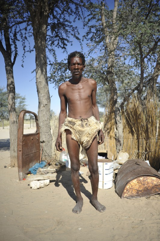 _NIG3213_KALAHARI_SAN_PEOPLE_SOUTH_AFRICA